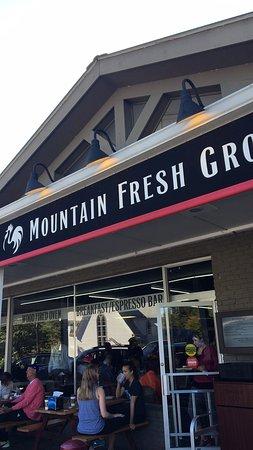 Mountain Fresh Grocery: photo0.jpg
