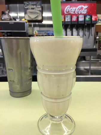 Corydon, IN: Pineapple Shake
