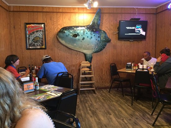 Atlantic Beach, FL: Seafood Kitchen inside