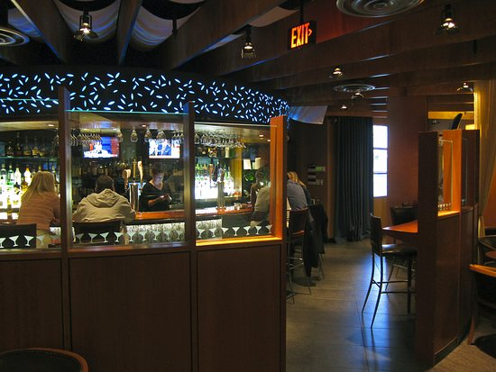 Bridgeport, CT: Bar/Lounge