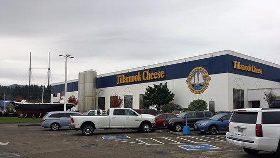 Tillamook Cheese Factory Exterior