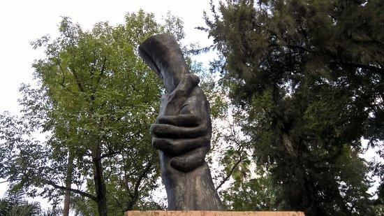 Glorieta Chapalita: escultura