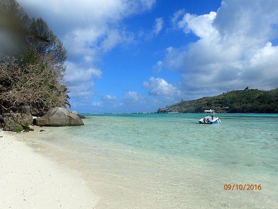 Cerf Island, Seychelles: Anna ist die Seele des Hauses - lieb, nett und absolut hilfsbereit. Die Küche ist lecker. Tolles