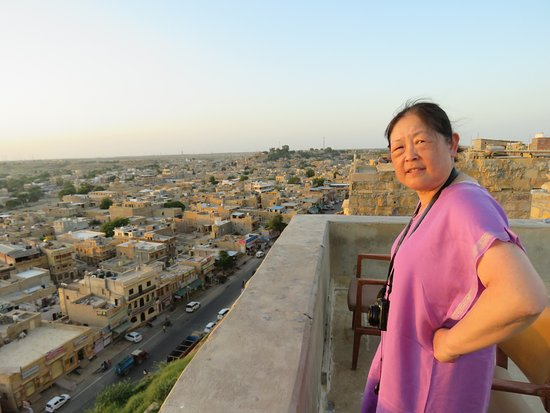 Deepak Rest House: Looking over Jaisalmer city from the rooftop restaurant