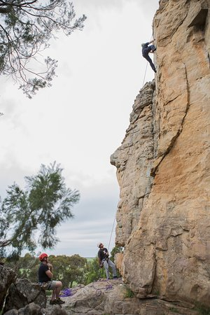 Grampians, Avustralya: Top roped climbing on Marmots Mall