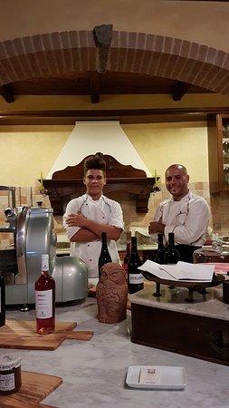 Gioia Tauro, Италия: giovani cuochi emergenti alla Commanderie
