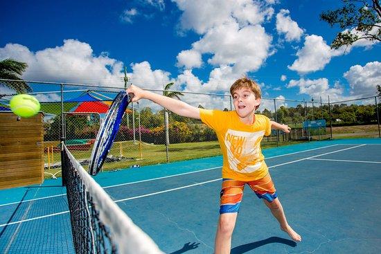 Helensvale, Australia: Anyone for tennis?