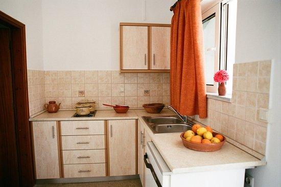 Archangelos, Grecia: Kitchen