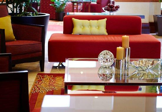 Round Rock, TX: Lobby Sitting Area