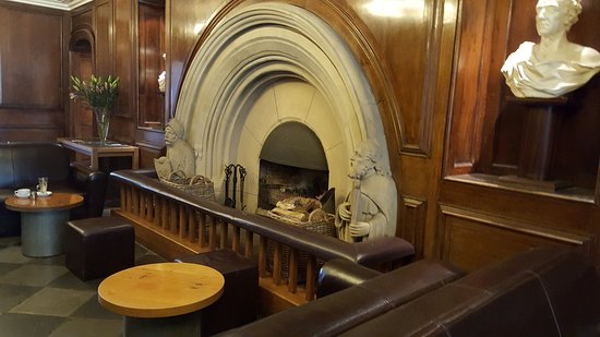 Portmeirion Village: Cool stone fireplace at Castell Deudraeth & Cool stone fireplace at Castell Deudraeth - Picture of Portmeirion ...