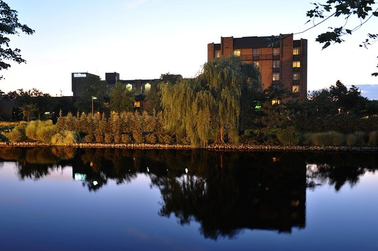 โรงแรมฮิลตัน พาร์ซิปปานี