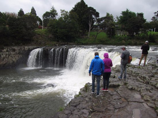 Paihia, Nova Zelândia: Haruru Falls
