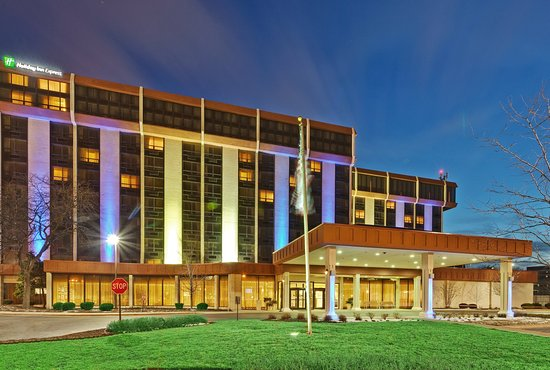 Holiday Inn Express Chicago O'Hare: Holiday Inn Express Hotel & Suites O'Hare