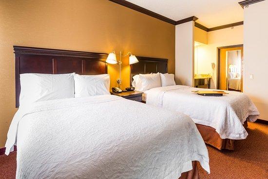 ฮอฟฟแมนเอสเตตส์, อิลลินอยส์: 2 Double Bed Suite w/ Kitchen