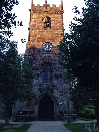Prestbury, UK: St Peter's Church