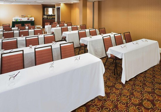 Edina, Миннесота: Meeting Space - Classroom Set-Up