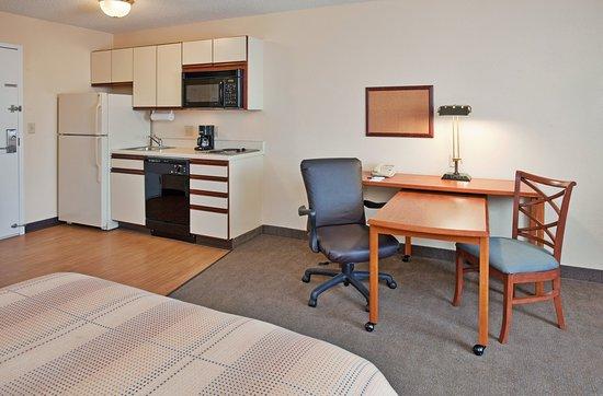 Emporia, Kansas: Room Feature