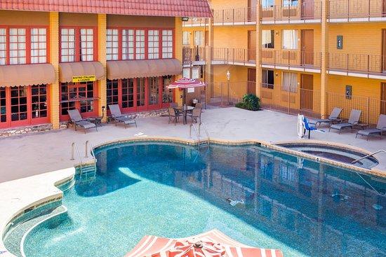Ramada Tempe Near Asu Pool
