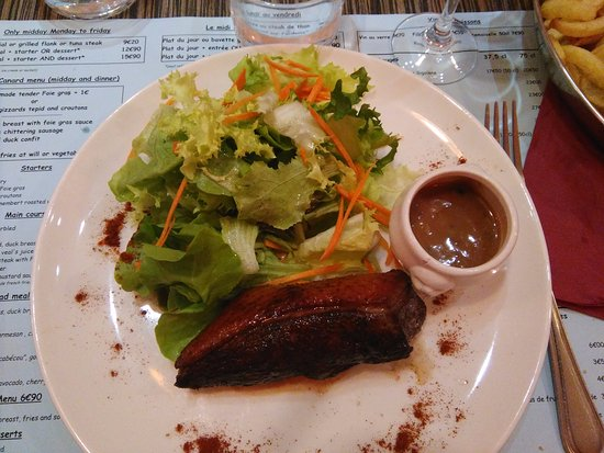demi magret de canard avec sauce aux poivres picture of mon canard toulouse tripadvisor. Black Bedroom Furniture Sets. Home Design Ideas
