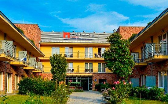 로얄 클럽 호텔