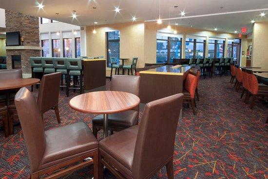Residence Inn Los Angeles LAX/Manhattan Beach: Dining Area
