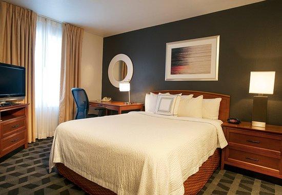 Sterling, VA: Suite – Sleeping Area
