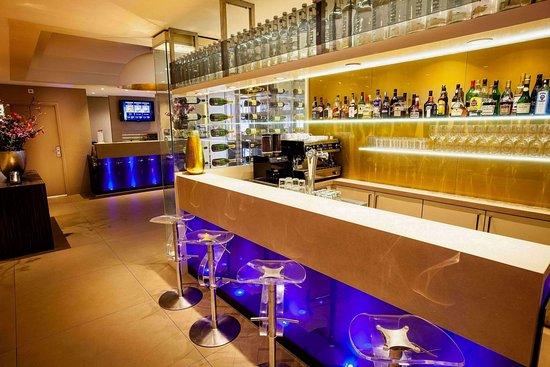 The Albus - Design Bar