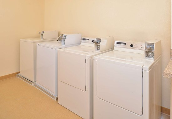 Jeffersonville, IN: Guest Laundry