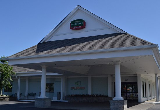 Courtyard By Marriott Cape Cod-Hyannis
