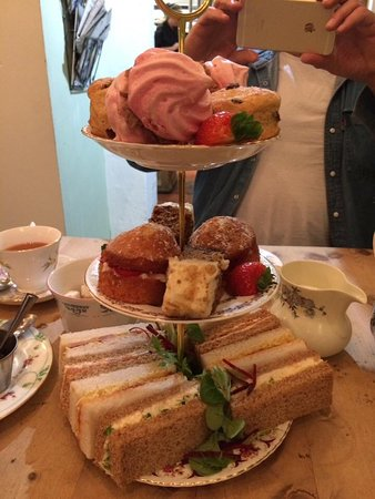 Daventry, UK: Afternoon tea