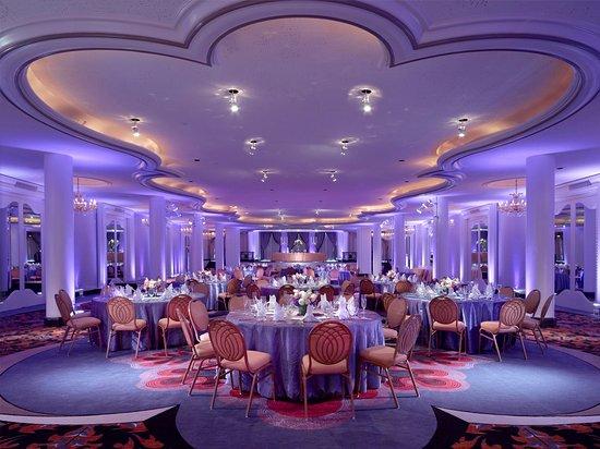 Omni Shoreham Hotel: Empire Room