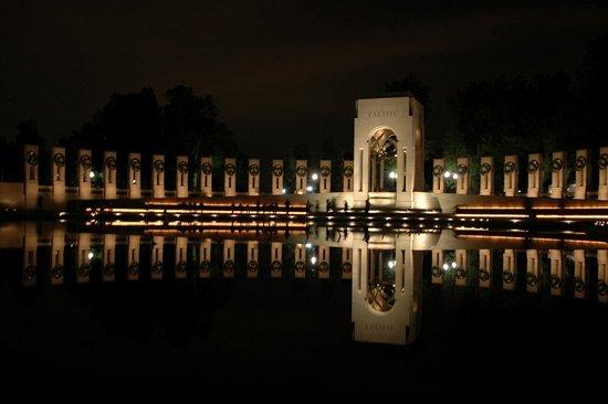 สเตอร์ลิง, เวอร์จิเนีย: World War II Memorial