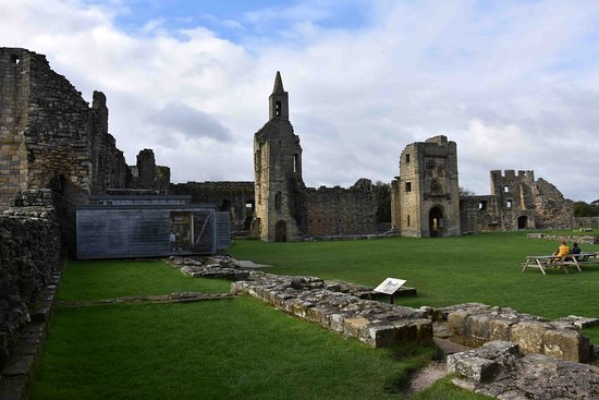 Warkworth, UK: View from inside the castle grounds