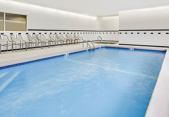 Manhattan, KS: Indoor Pool