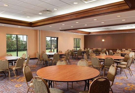 Gastonia, North Carolina: Ballroom