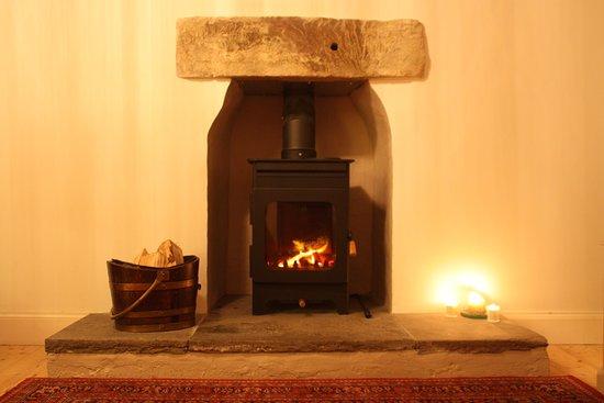 Campbeltown, UK: Cosy Log Burner