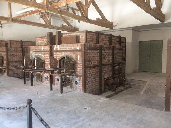 Dachau, Alemania: Hornos