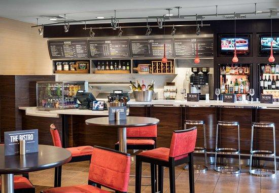 Milpitas, Californië: The Bistro Lounge
