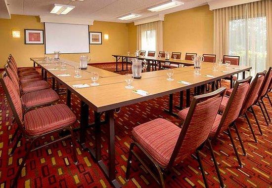 Rockville, MD: Meeting Room – U-Shape Setup