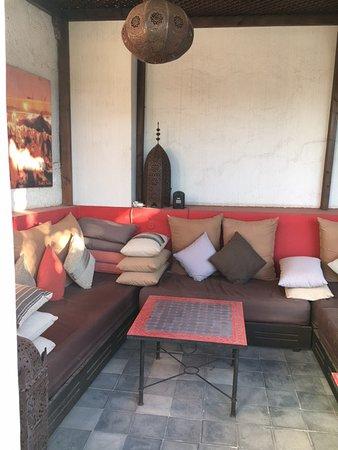Riad Badi: Roof terrace sofa
