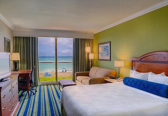 Jensen Beach, FL: King Oceanfront Guest Room