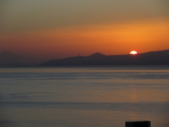Elounda Ilion Hotel: sunrise from balcony