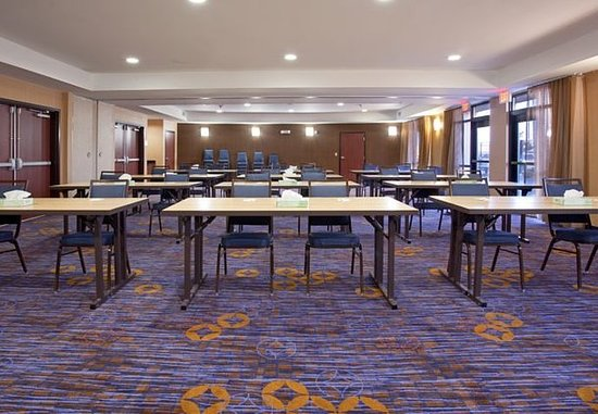 Casper, WY: Meeting Room - Classroom Setup
