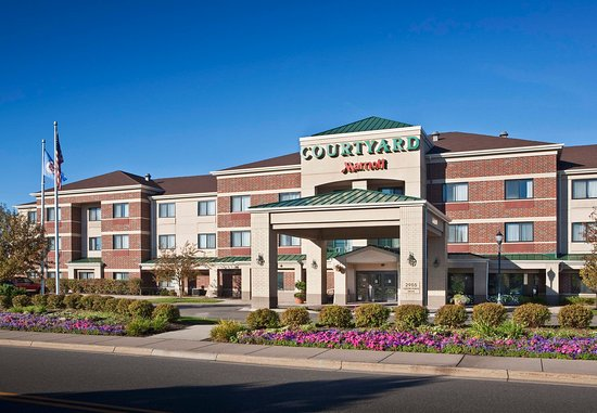 Courtyard By Marriott Minneapolis Roseville