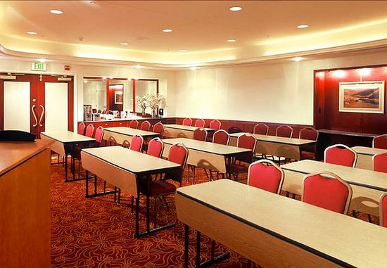 Middletown, NY: Meeting Room