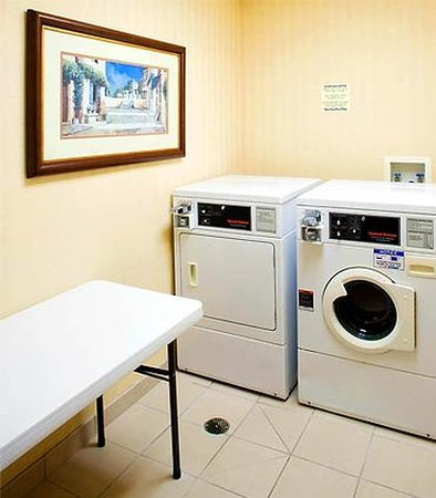 Texarkana, TX: Guest Laundry Facilities