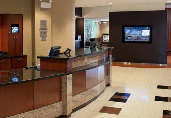 Bristol, فيرجينيا: Front Desk & GoBoard®