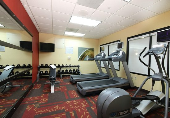 Flint, MI : Fitness Center