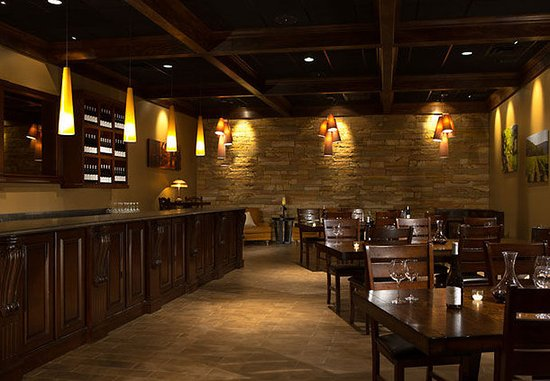 Kingsport, TN: Fieldstone Cellar – Tasting Room