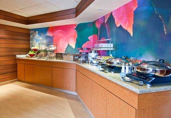 Pearl, MS: Breakfast Buffet